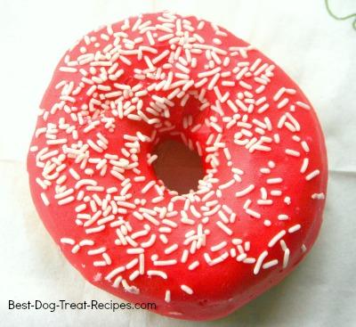 gourmetdogtreatrec_dog_donut