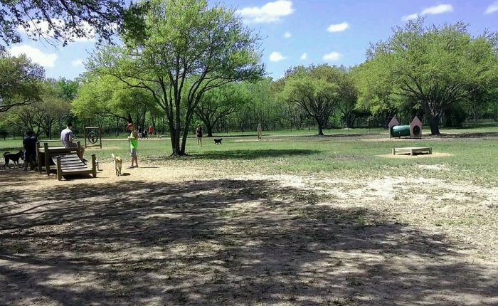 5 Houston dog parks for those trips into the city